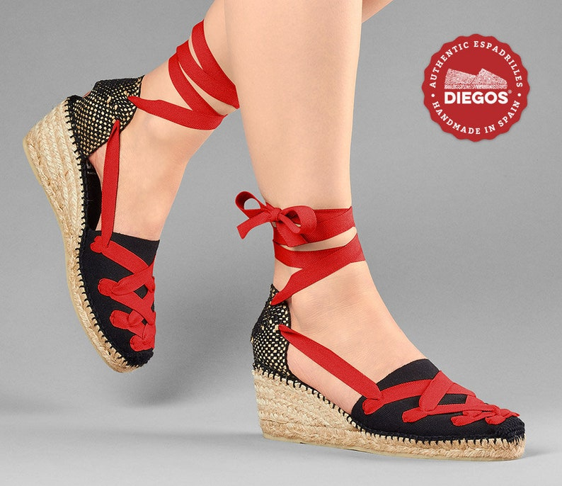 Vintage Sandals | Wedges, Espadrilles – 30s, 40s, 50s, 60s, 70s Pamplona Diegos® Classic high wedge black Lola espadrilles shoes | Customize the color of your laces | Hand made in northern Spain $69.00 AT vintagedancer.com