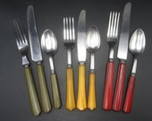9 pcs Bakelite and Stainless Flatware 3 Place Settings - Red Green Butterscotch - Tested
