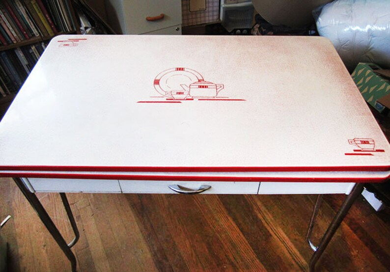 Deco Enamel Top Kitchen Dining Table - Sides Expand - Red White Teapot Cups  - Great Graphics LOCAL PICKUP ONLY Miami