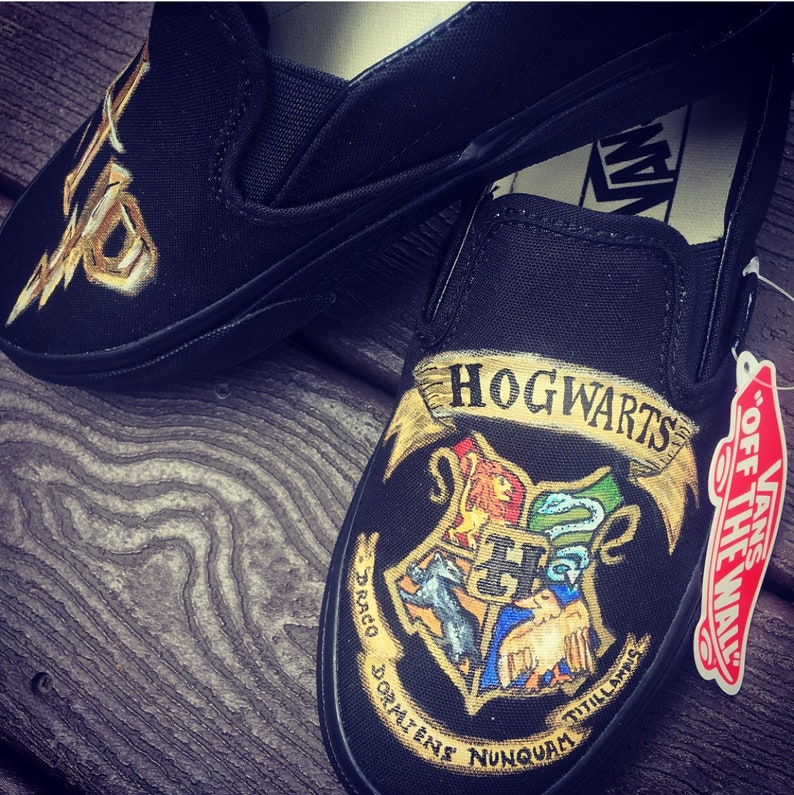 db86ca8e81da Harry Potter Crest shoes slip on vans