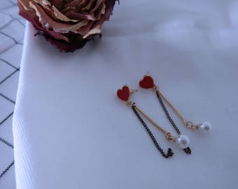 Heart drop earrings with pearl. **for Valaentines day!**  Handmade Earrings. Drop Earrings.  Simple Earrings.  Dangle Earrings.