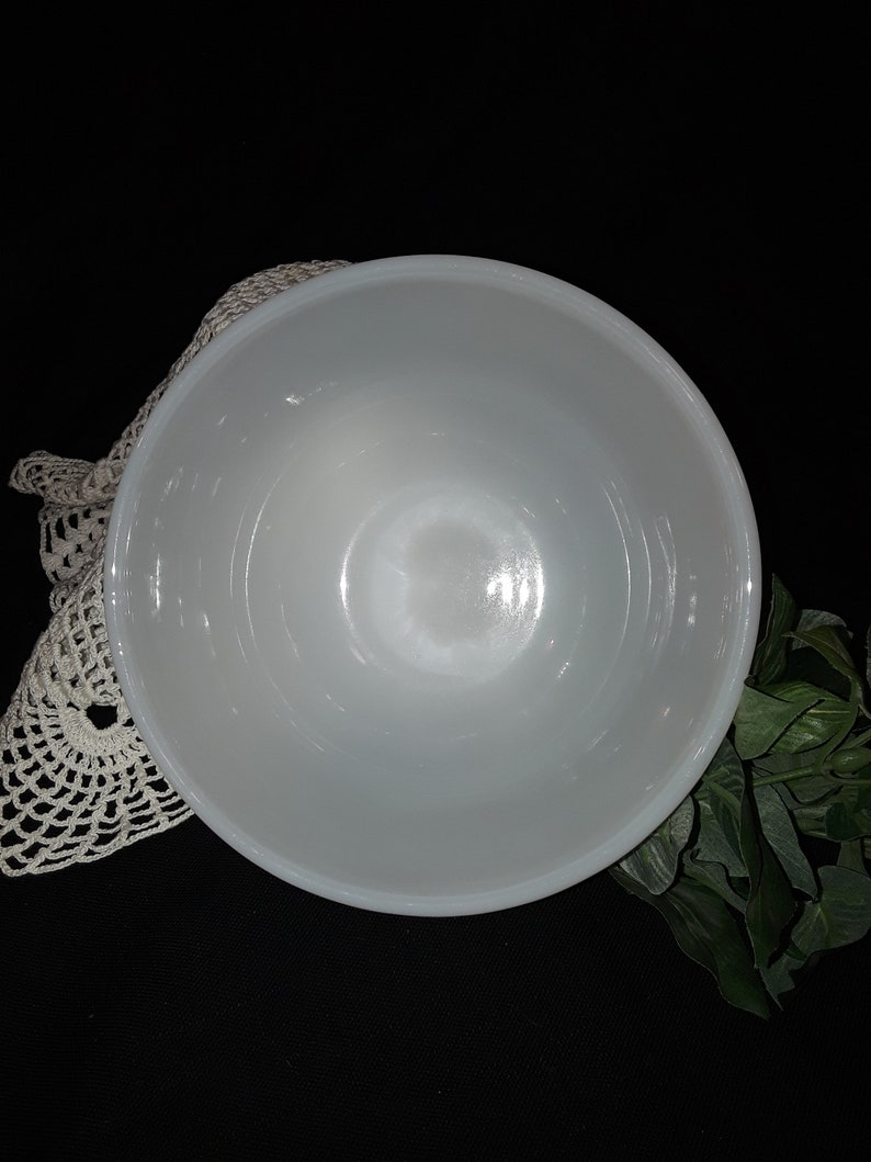 Fire King Milk Glass Mixing bowl 1960