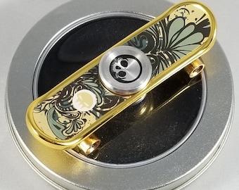 Urban Graffiti Skateboard Zinc Alloy Fidget Spinner
