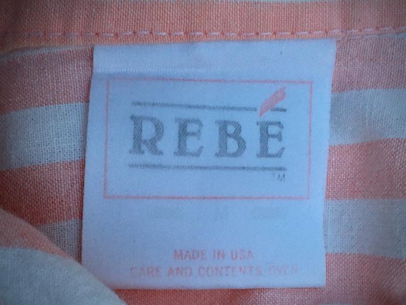Peach /& White Stripes Oversized Top\u2022 Capped Sleeve\u2022 Button Up Shirt\u2022 Collar\u2022 Women\u2019s MedLarge\u2022 Excellent Vintage Condition