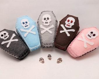 Coffin Pincushion - Felt - Handmade - Craft Supplies - Gothic - Skull - Sewing