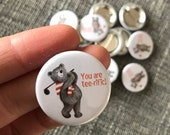 GOLFING BEAR 32mm button badge - illustrated cute  Catherine Redgate tee club golf golfer fathers day gift teddy illustration Scottish sport