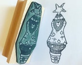 """funny Xmas TREE BEAR wooden rubber stamper 3"""" Catherine Redgate stamp stationery large christmas humour bauble jumper card wrapping"""