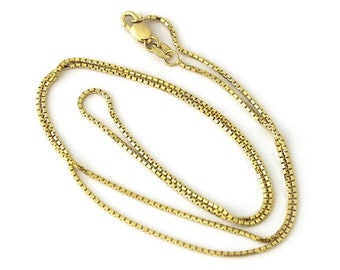 On Sale Alloy Metal Gold Toned Box Chain 20 inch Necklace with Octagon Clear Plastic Pendant Costume Jewelry Fashion Accessory