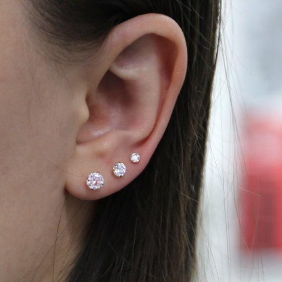 4mm Cubic Zirconia Stud Earrings in 14k White Gold