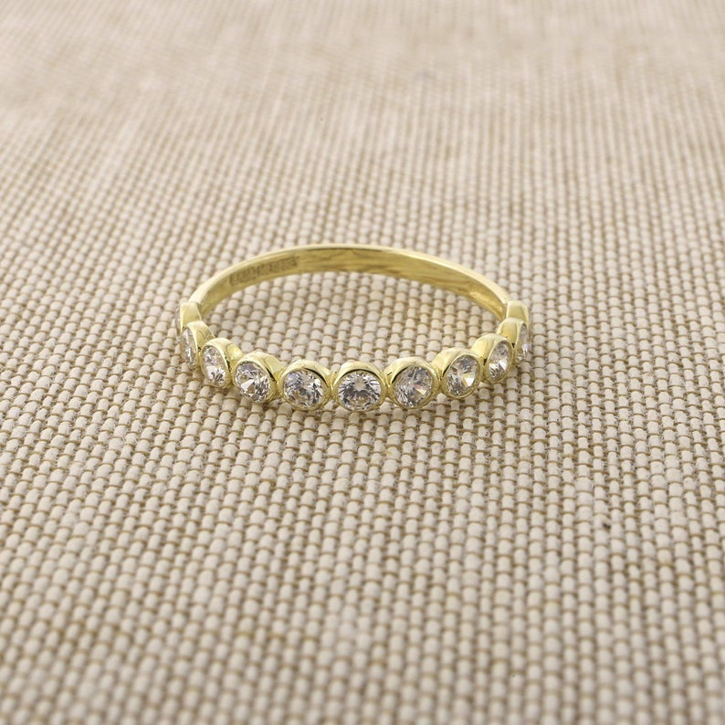 14k Yellow Gold Open Hexagon Honeycomb Texture Band Ring