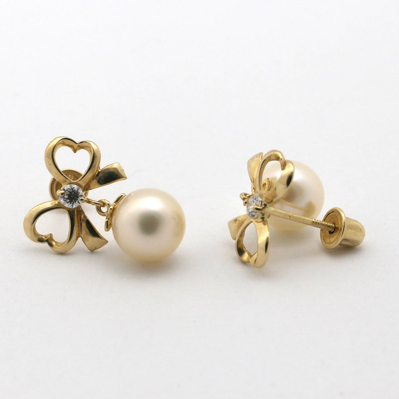 4mm Pearl 14k Yellow Gold Freshwater Cultured Pearl Stud Earring with White Cubic Zirconia Stones 8mm Diameter