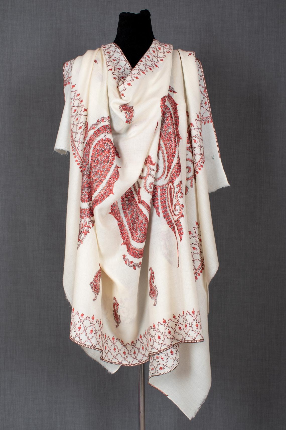 Kashmiri Hand Embroidery Needlework on Fine Wool Shawl No. 21 image 0