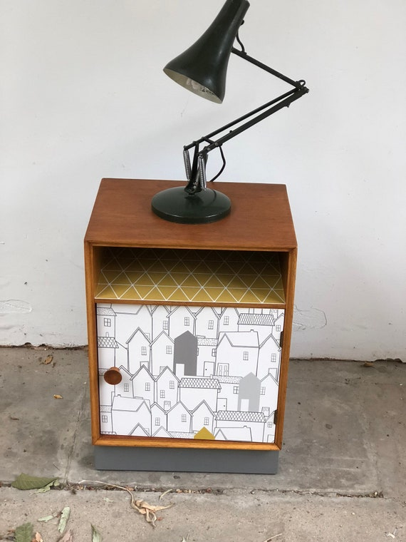 Mid Century Meredew Light Oak Small Bedside/Cupboard
