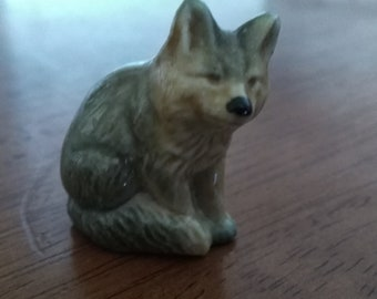 Wade Wolf Miniature Figurines.