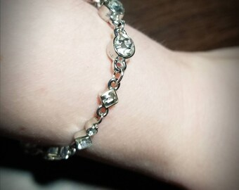 Vintage Style Crystal Bracelet