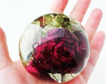 Funeral flower preservation - sphere keepsake