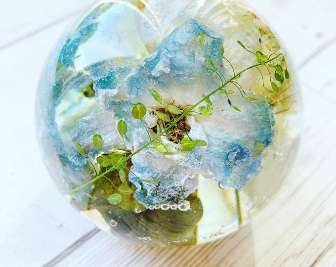 Featured listing image: Wedding flower preservation - sphere keepsake