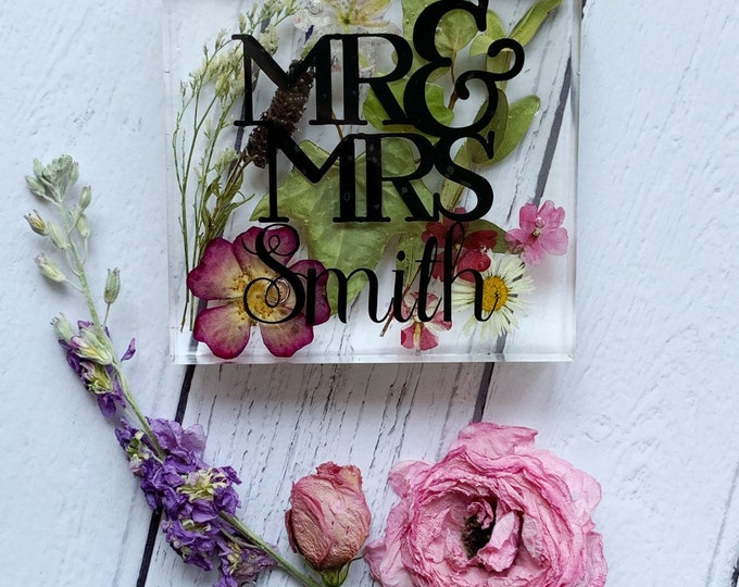 Featured listing image: Wedding flower preservation, wedding bouquet, wedding keepsake, wedding display, wedding memory, bouquet keepsake, wedding paperweight