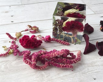 Funeral flower preservation keepsake - memorial flowers set into a resin cube - 5cm
