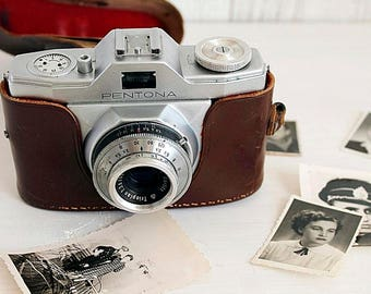 Vintage Photo Camera, German Pentona Priomat, Viewfinder 1960's, Brown Leather Case, Vintage Camera, German Camera, 35 mm Film Camera