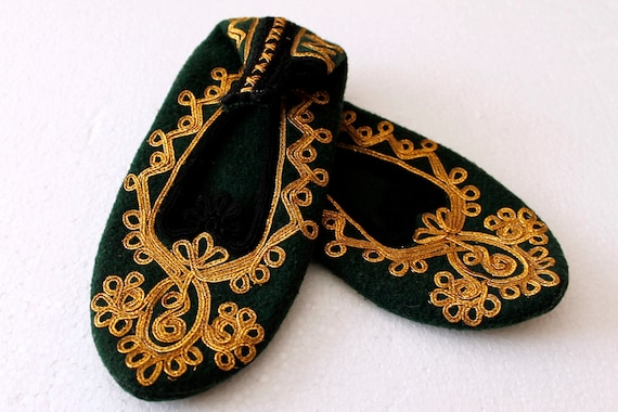 Olive Green Hand Sewn Slippers, Organic Wool Vinta