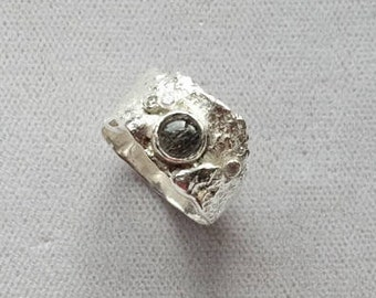 Reticulated Sterling Silver Ring with Rutilated Quartz Stone.