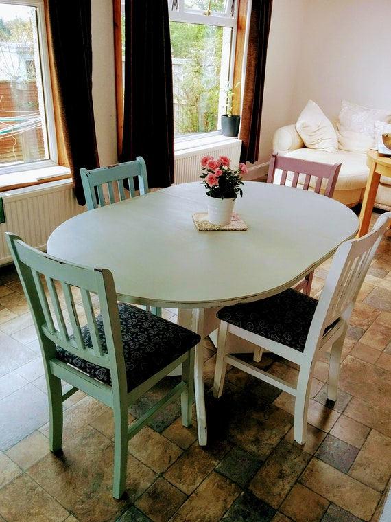 NOW SOLD *** Cottage Style Dining Table and 4 Chairs