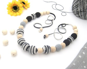 Black and White Necklace for teething Necklace for mom to wear Mommy Necklaces Baby mommy necklace New Babywearing Necklace Mom Gift