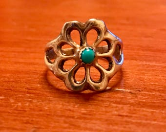 Southwestern Silver and Turquoise Flower Ring