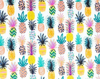 Tropical Pineapple - PRECUT FAT QUARTER