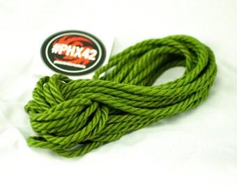 8 pieces Emerald - Hand made and dyed jute rope for Shibari / Kinbaku