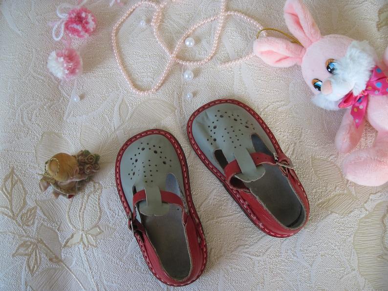 c4ae2545403fe Vintage Baby sandals Soviet Vintage Children's sandals   Etsy