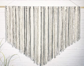 Large Macrame Wall Hanging // Dorm Decor // Boho Decor // Wall Art // Large  Wall Decor // Yarn Wall Hanging // Nursery Art