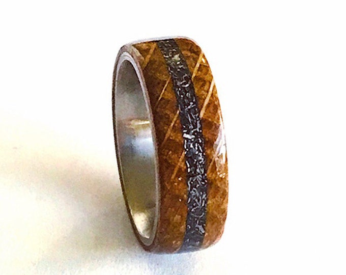 Jack Daniels Whiskey Barrel with Meteorite inlay - Stainless Steel - Men's ring - Titanium - Wedding Band - Wood Ring