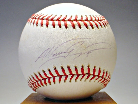 Rollie Fingers Hall of Famer Single Signed Baseball Mint Condition Ships Free
