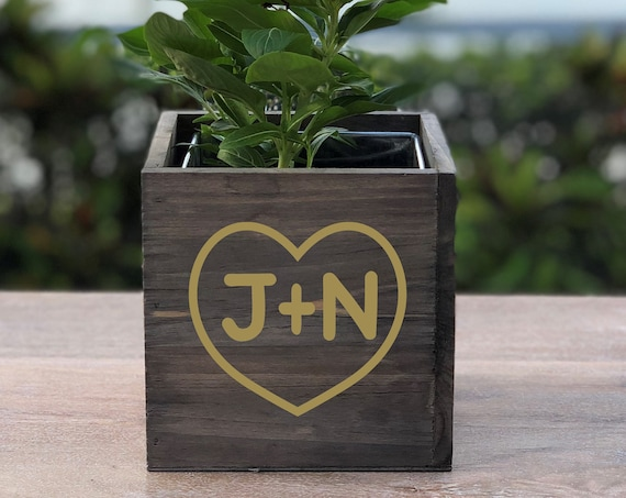 Personalized Initials Wood Planter Box ~ Heart ~ Love ~ Wedding Decor ~ Wedding Centerpiece ~ Anniversary ~ Valentine's Day Gift ~ Flowers