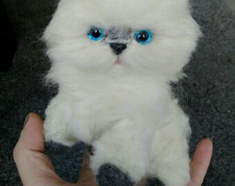 Hand made needle felted persian kitten/cat