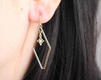 Gold Geometric Earrings. Drop Earrings. Rhombic Earrings. Crystal Earrings.