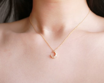 Pearl Moon Necklace - Pearl Necklace - Gold Layered Necklace - Moon Necklace - Pearl Moon - Celestial Moon Pendant