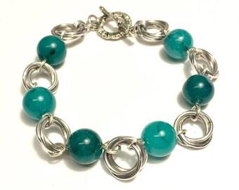 Möbius flower bracelet- large bead version