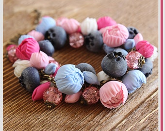 Peony flowers bracelet Blueberry bracelet Bracelet with peony flowers Floral polymer clay jewelry handmade Gift for her Gift for girls
