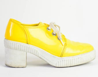 90's Booties / 90's Platform Shoes /  Yellow PVC shoes / Vintage 90's Shoes / Chunky Heel Shoes / White Yellow Vegan Shoes / Platform Shoes