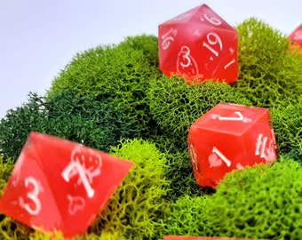 Strawberry Pickings | Sharp Edge 7 piece polyhedral DnD ttrpg dice
