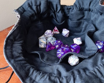 The Blackheart - Medium Bag With Pockets For Dice, Crystals, or Jewelry