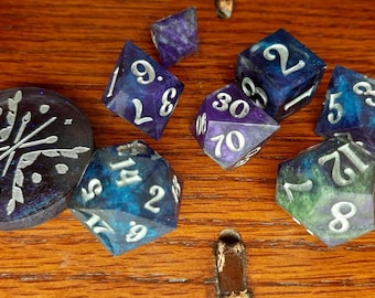 Borealis Lights | Sharp Edge 8 piece polyhedral DnD ttrpg dice