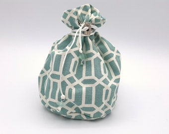 The Archipelago - Medium Bag With Pockets For Dice, Crystals, or jewelry
