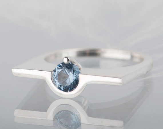 Sterling silver geometric aquamarine ring, March birthstone solitaire ring