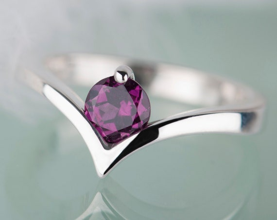 Rhodolite garnet engagement chevron ring, Sterling silver pink gemstone ring