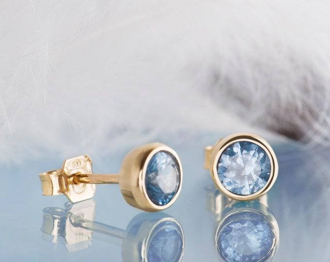 14K gold aquamarine stud earrings, Minimalist wedding March birthstone earrings, Gold stud Pisces earrings, Dainty gold aquamarine jewelry