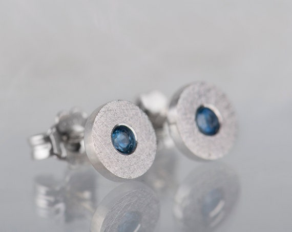 Dainty sterling silver sapphire stud earrings, Minimalist modern sapphire jewelry, Sterling silver modern blue earrings